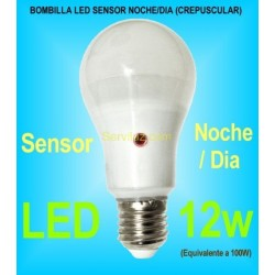 Bombilla LED Noche Dia Sensor Crepuscular E27 de 12w 6000K